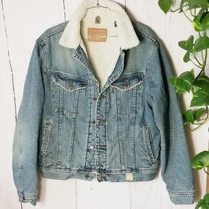 Vintage Abercrombie & Fitch denim Sherpa jacket
